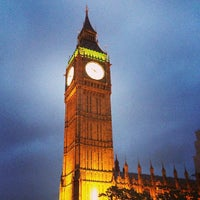 Foto scattata a Elizabeth Tower (Big Ben) da Betty W. il 6/28/2013