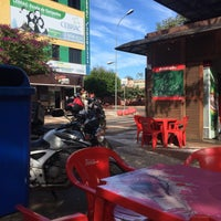 Photo taken at Avenida Brasil by Eduardo R. on 6/7/2016