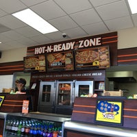 Photo taken at Little Caesars Pizza by Gary on 8/6/2016