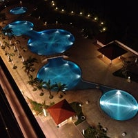 Photo taken at Southern Beach Hotel & Resort Okinawa by AIRDSK1 on 9/27/2012