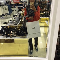 Photo taken at Dorothy Perkins by Puteri H. on 7/26/2016
