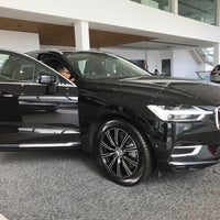 Photo taken at Federal Auto Cars Sdn Bhd (Volvo Showroom) by Farha N. on 1/29/2018