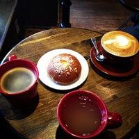 Снимок сделан в Lucid Cafe пользователем E B. 11/26/2012