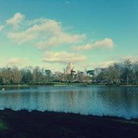 Foto tirada no(a) Rocher du Zoo de Vincennes por Baptiste em 12/30/2012