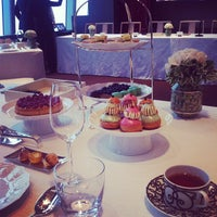 Photo taken at Park Hyatt Shanghai by Lily H. on 11/22/2012
