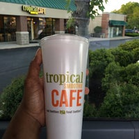 Photo taken at Tropical Smoothie Cafe by Taurus5173 on 5/25/2016