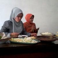 Photo taken at Kantor Penanaman Modal dan Perijinan Kab. Probolinggo by Aguk S. on 8/28/2013
