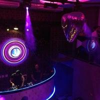 Foto diambil di Pink Elephant oleh Rafael T. pada 12/25/2012