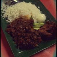 Photo taken at Ujang Corner Nasi Lemak Special BBS by R'You A. on 8/15/2012