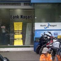 Photo taken at Bank Nagari by Tedryon D. on 2/9/2012