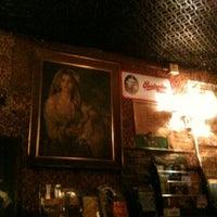 Das Foto wurde bei Bradley's Spanish Bar von Mark M. am 8/26/2012 aufgenommen