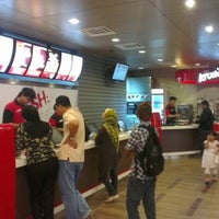 Photo taken at KFC by Mantshun L. on 6/21/2012