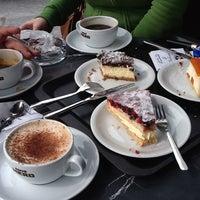Photo taken at Caffè Nero by Barcelonena B. on 4/1/2012