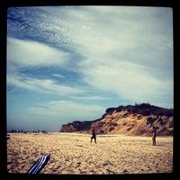 Снимок сделан в Ditch Plains Beach пользователем Sarah F. 8/25/2012