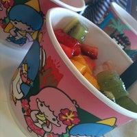 Photo taken at Yogurtland by Josie G. on 8/30/2012