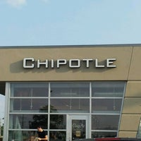 Photo taken at Chipotle Mexican Grill by Brent W. on 5/25/2012
