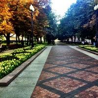 Снимок сделан в Никитский бульвар пользователем Yana B. 9/11/2012