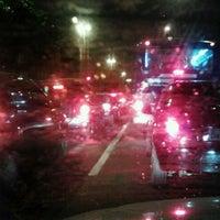 Foto tirada no(a) Viaduto Cidade de Guarulhos por Felipe S. em 8/27/2012