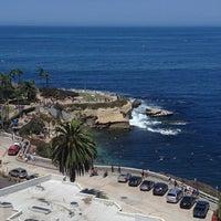 8/18/2012 tarihinde Alison W.ziyaretçi tarafından George's at The Cove'de çekilen fotoğraf