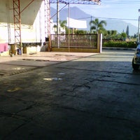 Photo taken at Cikopo Car Wash by Adhitia D. on 7/27/2012