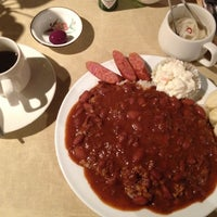 Photo taken at SPORTS CAFE TIA SUSANA by koji n. on 7/8/2012
