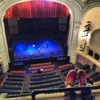 Das Foto wurde bei Moore Theatre von Nick M. am 4/17/2012 aufgenommen
