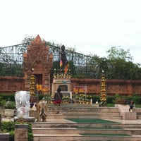 Photo taken at Statue of Queen Chamadevi by Wisitsiri K. on 8/4/2012