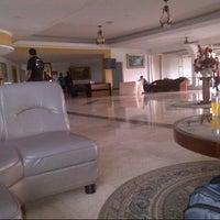Photo taken at Hotel Horizon Bengkulu by Budi O. on 9/13/2012