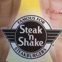 Photo taken at Steak 'n Shake by Willa H. on 8/17/2012