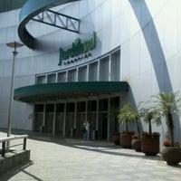 Foto tirada no(a) Shopping Jardim Sul por Patricia M. em 8/11/2012