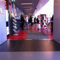 Photo taken at Kirjasto 10 by Kinuyo M. on 7/23/2012