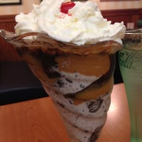 Photo taken at Friendly's Restaurant by Quiana B. on 5/30/2012