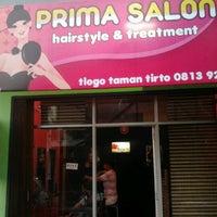 Photo taken at Prima Salon by santi n. on 7/7/2012