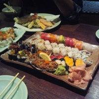 Foto tomada en Sushi Sake por Yung T. el 7/15/2012
