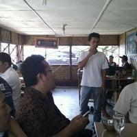 Photo taken at Warung Pojok Maspon, Masakan Islam by Masjito B. on 3/3/2012