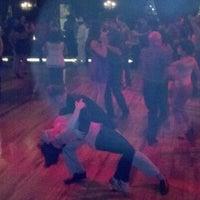 Photo prise au Century Ballroom par Tom G. le5/13/2012