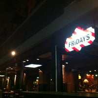 Photo taken at TGI Fridays by Fabio R. on 5/8/2012