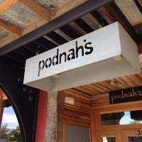 Foto tomada en Podnah's Pit BBQ por Mike F. el 8/5/2012