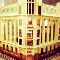 Foto scattata a Centro Cultural Banco do Brasil (CCBB) da Luiza T. il 9/12/2012