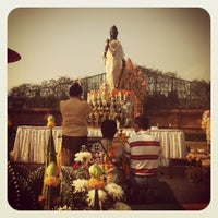 Photo taken at Statue of Queen Chamadevi by Natviiz F. on 4/16/2012