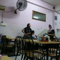 Photo taken at Restaurant Shahir by Cecep J. on 8/12/2012