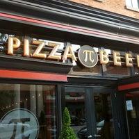 Das Foto wurde bei Pi Pizzeria von Nicole M. am 6/30/2012 aufgenommen