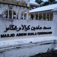 Photo taken at Masjid Abidin (Masjid Putih) by jamilah j. on 7/5/2012