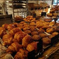 Das Foto wurde bei Thorough Bread and Pastry von Anna J. am 7/11/2012 aufgenommen