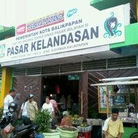 Photo taken at Pasar Klandasan by Karaeng M. on 4/21/2012
