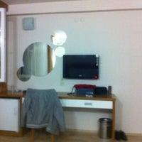 4/26/2012 tarihinde Oguzhanziyaretçi tarafından Güven otel ödemiş'de çekilen fotoğraf