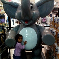 Photo taken at Jumbo by Cecilia S. on 4/23/2012