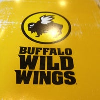 Photo taken at Buffalo Wild Wings by Diego on 9/3/2012