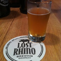 6/1/2012にJennifer K.がLost Rhino Brewing Companyで撮った写真
