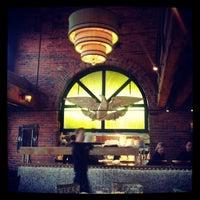 Photo prise au Chart House Restaurant par Michael T. le5/28/2012